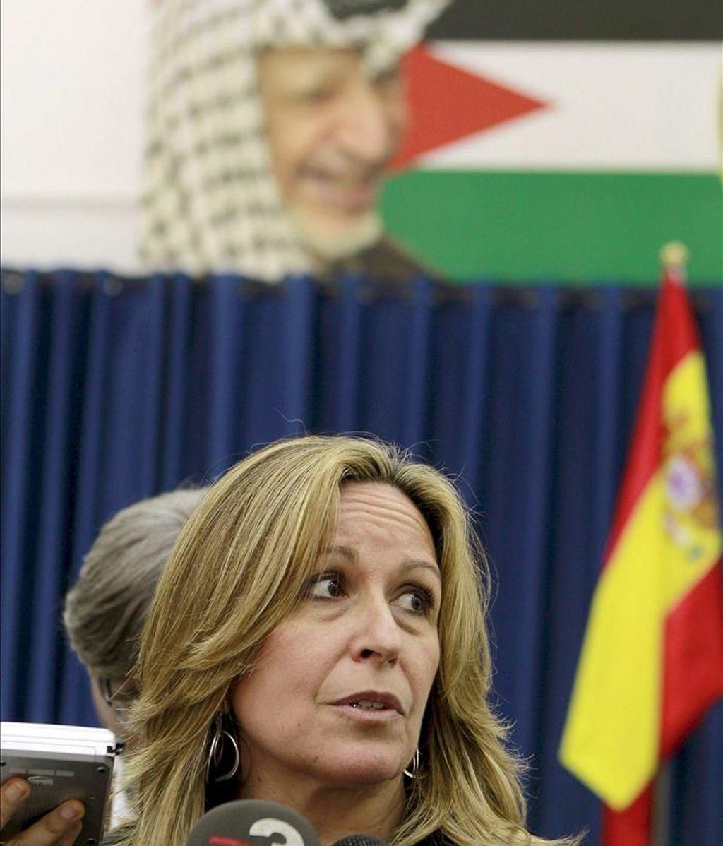 La ministra española de Asuntos Exteriores y Cooperación Internacional, Trinidad Jiménez, ayer dentro del viaje que el heredero de la Corona está realizando a Oriente Próximo. EFE