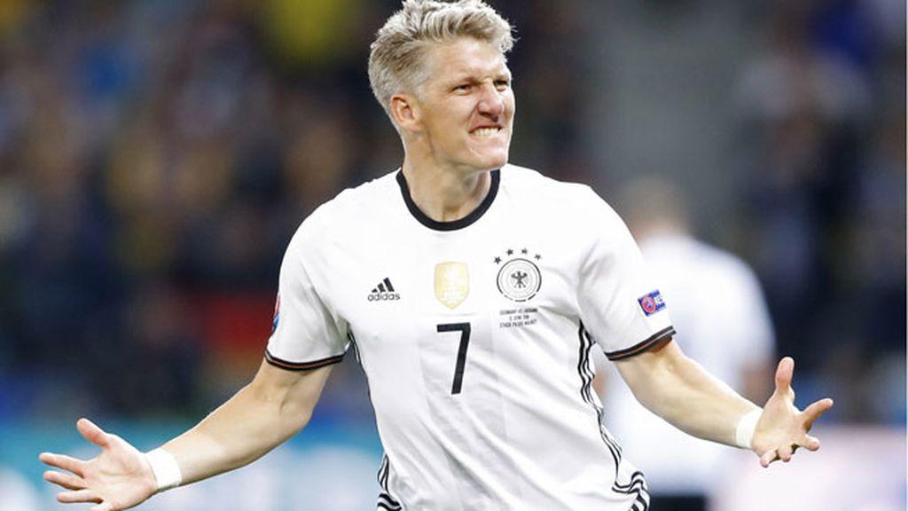 ¡Gol de Schweinsteiger! El alemán culmina una contra perfecta para sentenciar el partido