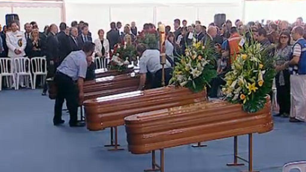 Funeral por las víctimas de Lorca