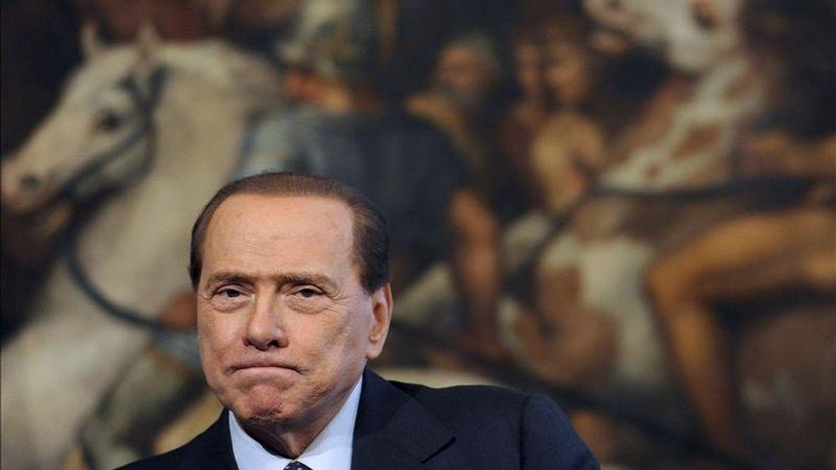 Fotografía de archivo que muestra al primer ministro italiano, Silvio Berlusconi, durante una rueda de prensa con su homólogo búlgaro, Bojko Borisov, en el Palacio Chigi de Roma, Italia. EFE
