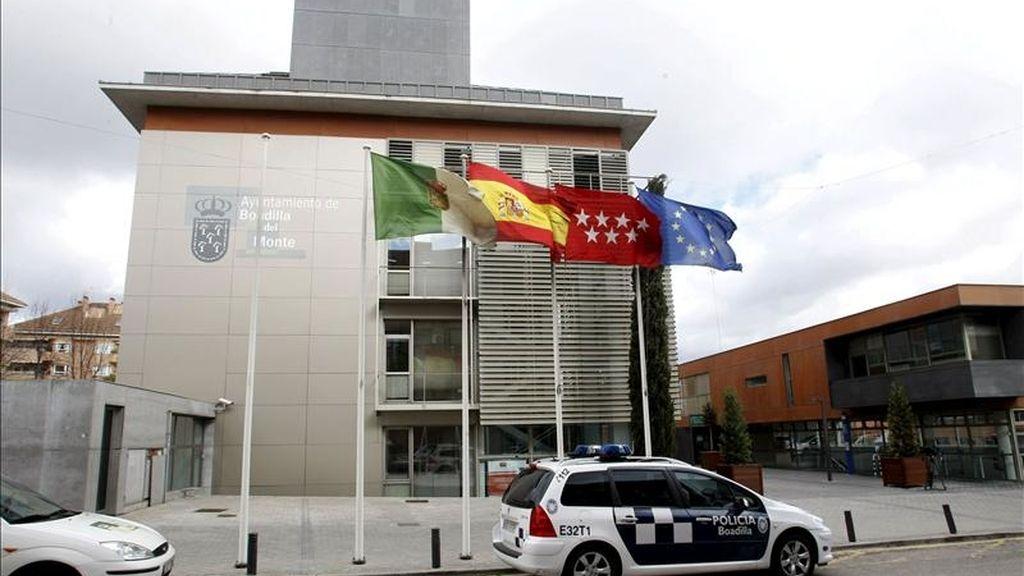Fachada del Ayuntamiento de Boadilla del Monte (Madrid). EFE/Archivo