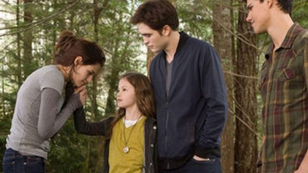 Nuevas fotos de Kristen Stewart y Robert Pattinson,  juntos en 'Amanecer 2'