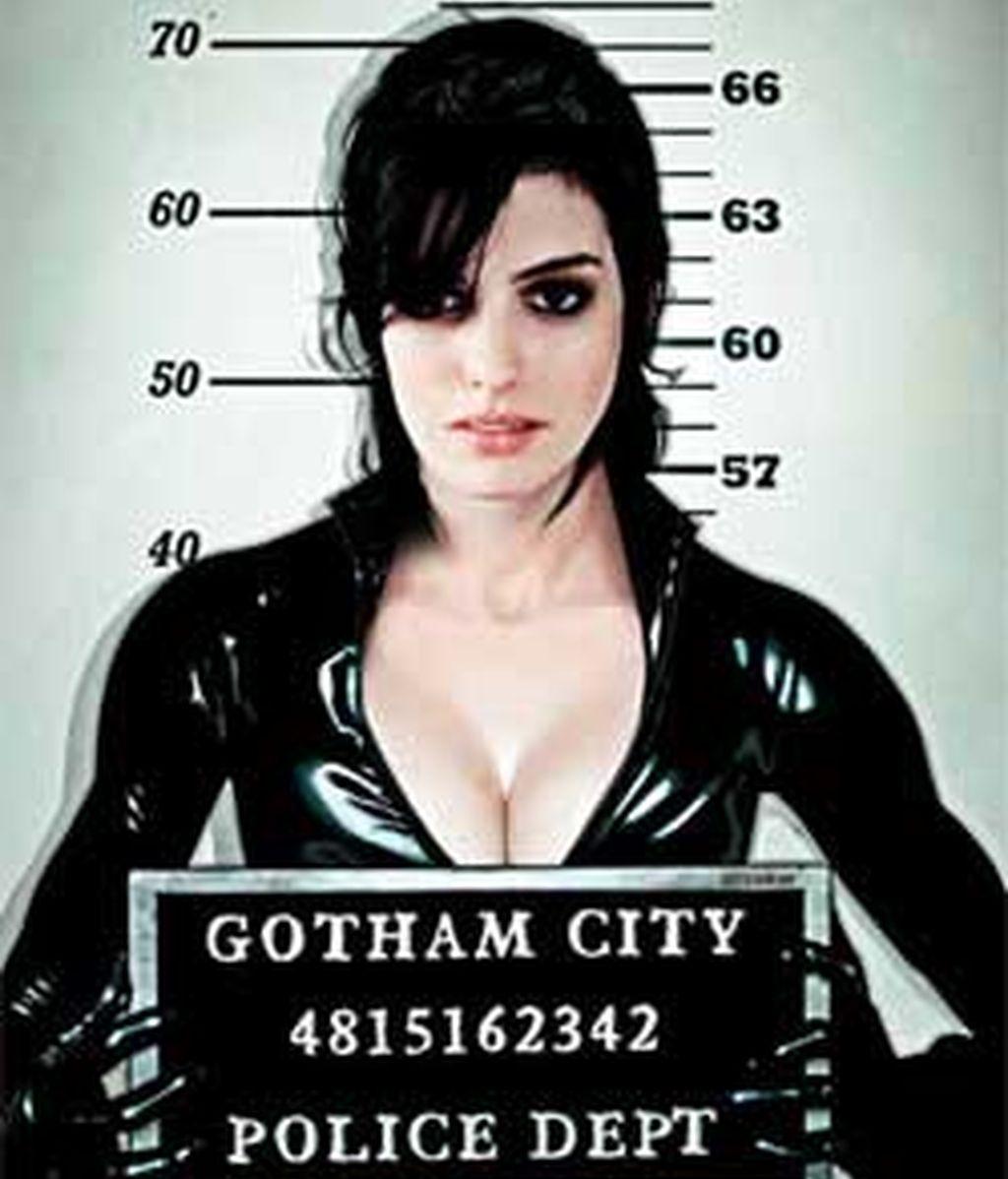 Anne Hathaway es la protagonista de la próxima entrega de Catwoman.