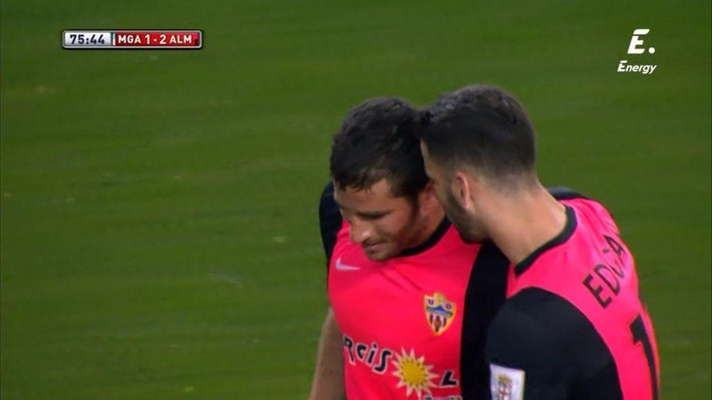 Hemed da la victoria al Almería gracias a un penalti inexistente en La Rosaleda