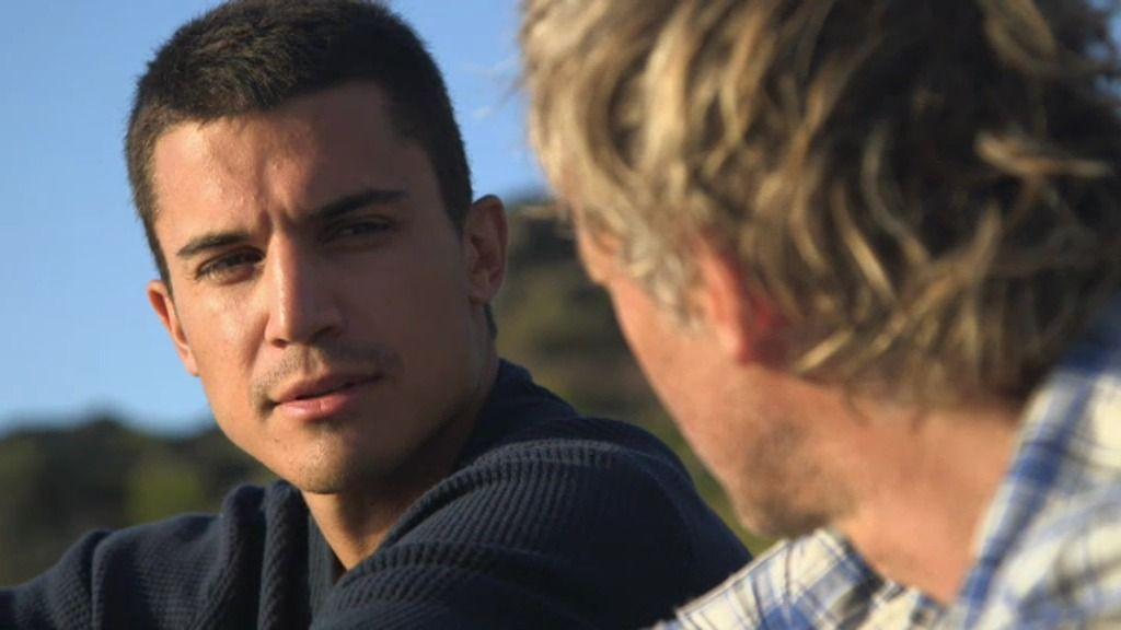 """Álex González: """"Reconozco que me gusta hacerme el chico bueno aunque soy más pícaro"""""""