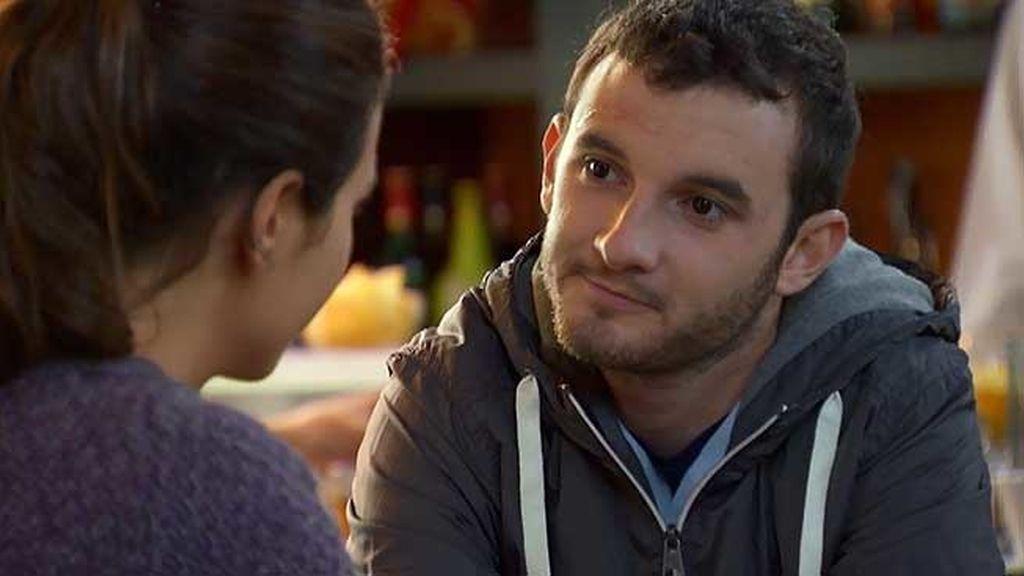 Adolfo ha pedido a Ariadna que se vaya a Boston con él