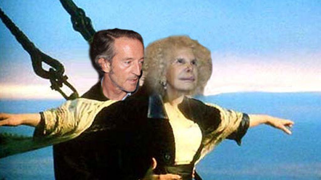 La Duquesa de Alba y Alfonso Díez, vacaciones en el mar