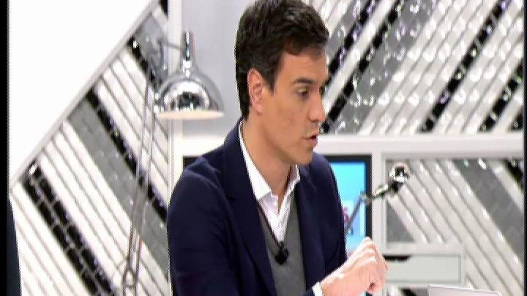 """Pedro Sánchez recalca que Susana Díaz tiene """"todo su apoyo"""""""
