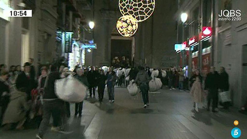 Manteros, vendedores ambulantes y carteristas en el centro de las ciudades