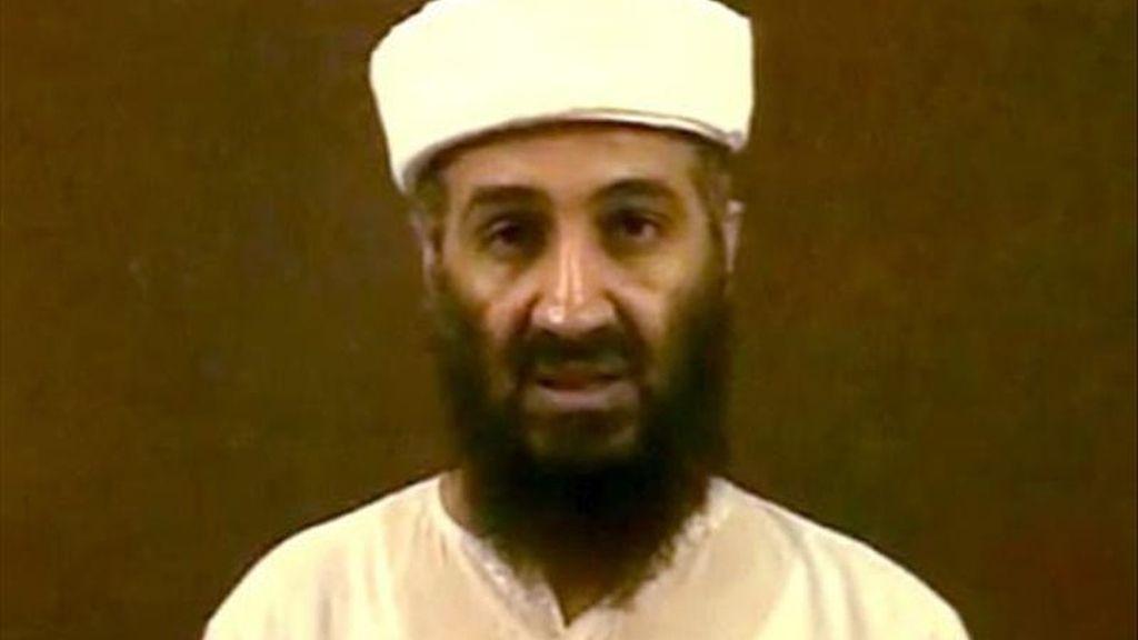 Captura de video cedida, este 7 de mayo, del líder de Al Qaeda, Osama bin Laden. El Gobierno de EE.UU. mostró cinco vídeos caseros de Osama bin Laden en su casa de Pakistán, donde murió el pasado domingo a manos de un comando estadounidense. EFE