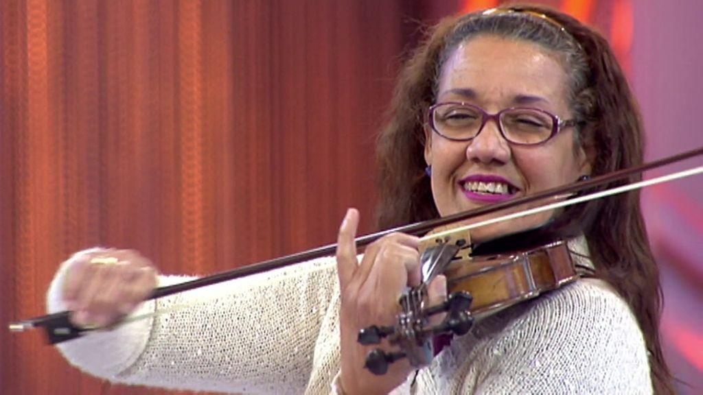 La melodía de 'Cámbiame', en violín