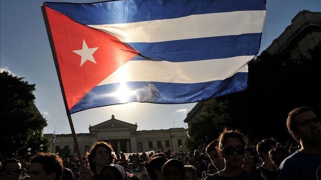 """El Gobierno cubano señala que el 5 de mayo -un día antes de que el disidente fuese hospitalizado- Soto García provocó en un parque de Santa Clara una """"alteración del orden"""" y que fue conducido a una unidad policial pero quedó libre """"tres horas después sin incidencia alguna"""". EFE/Archivo"""