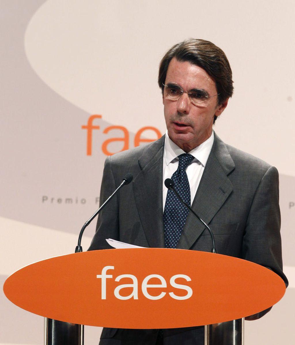 Aznar carga contra Artur Mas