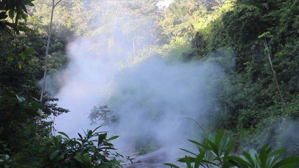 El río hirviente es un lugar sagrado para los Chamanes y la residencia de la Yacumama