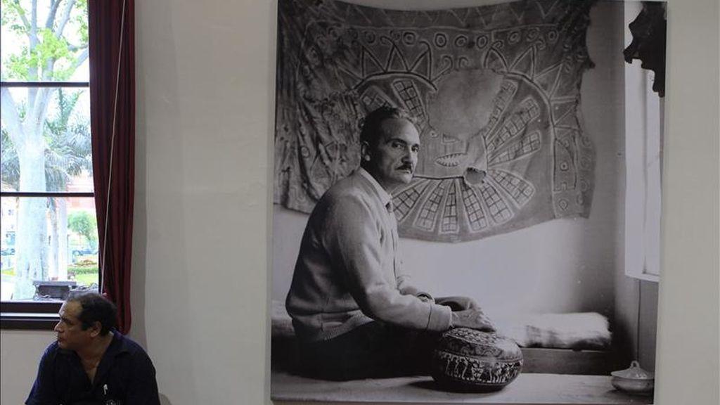 Una fotografía del escritor peruano José María Arguedas. EFE/Archivo