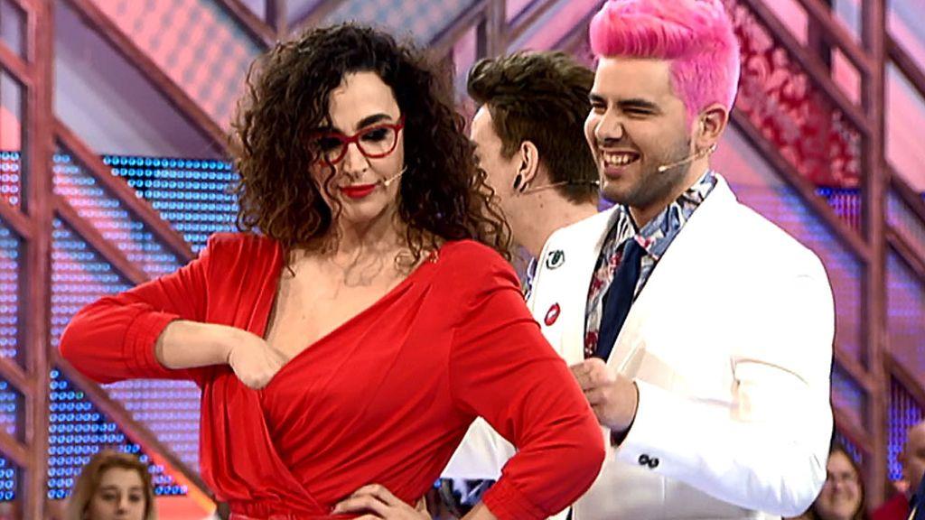 Cristina Rodríguez, como una auténtica fan: ¡Les ha tirado su sujetador!