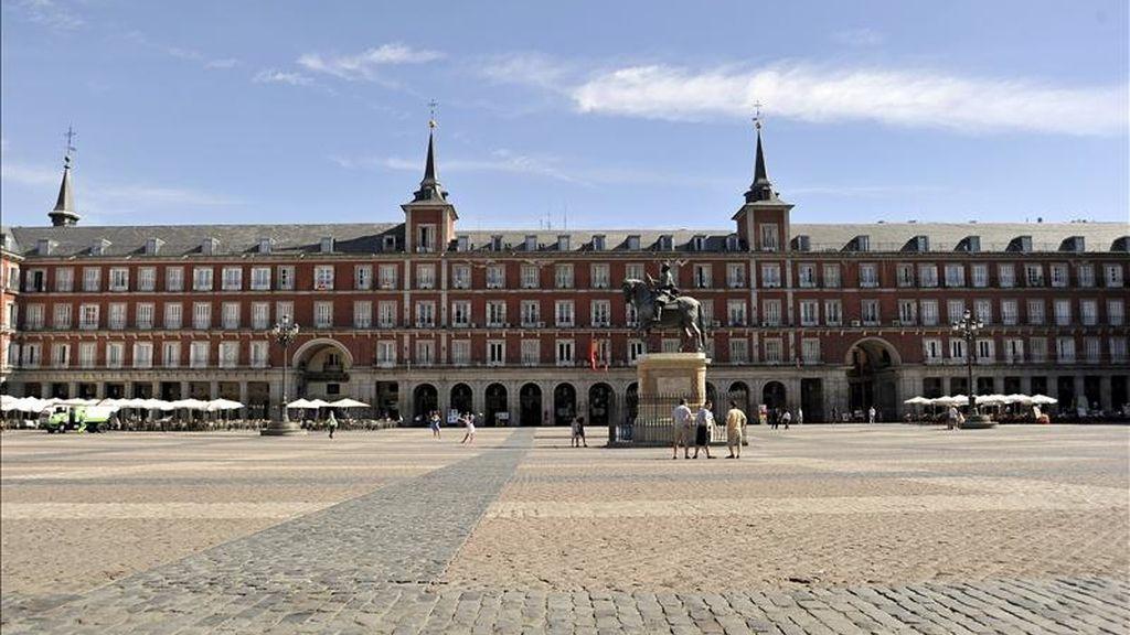 En la imagen, una vista general de la Plaza Mayor de Madrid. EFE/Archivo
