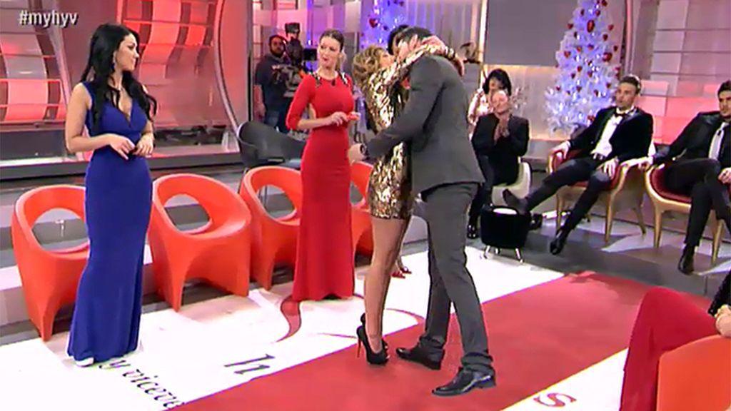 Susana gana una cita íntima con Manu