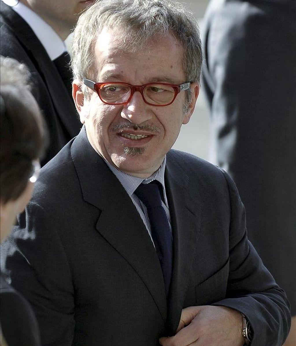 El ministro italiano del Interior, Roberto Maroni, llega a una reunión de los ministros de Interior y de Justicia de la UE en Luxemburgo. EFE