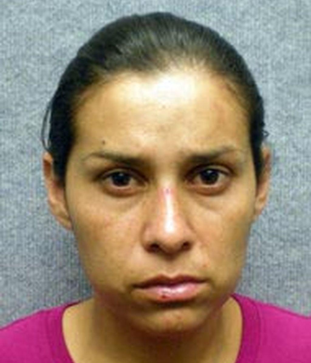 Sonia Hermosillo, acusada de tirar a su bebé desde un cuarto piso.