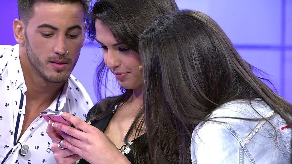 Jenny enseña los mensajes que se mandaba con Hugo cuando estaba conociendo a Sofía