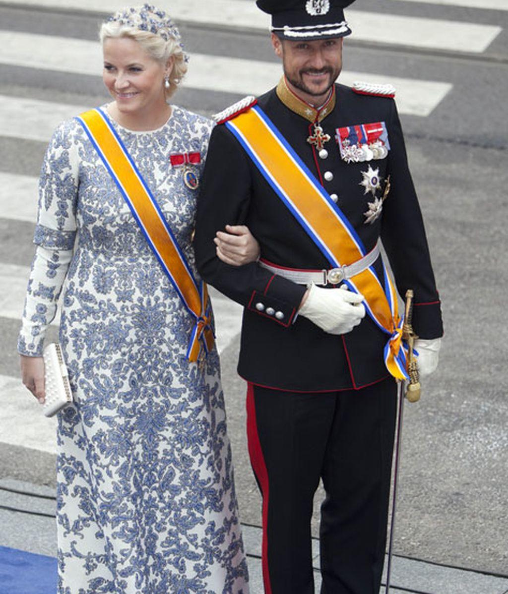 Mette Marit y el príncipe Haakon de Noruega