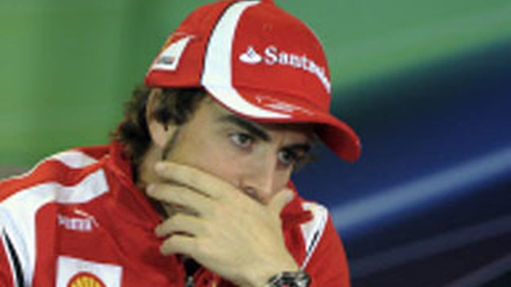 Fernándo Alonso tras el GP de Malasia Foto: GTRES