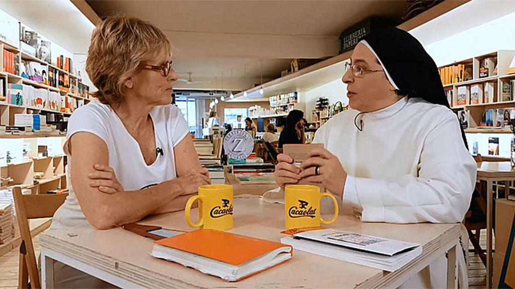 """Sor Lucía reniega de un libro de educación: """"Se trata a Eduard Punset como un charlatán"""""""