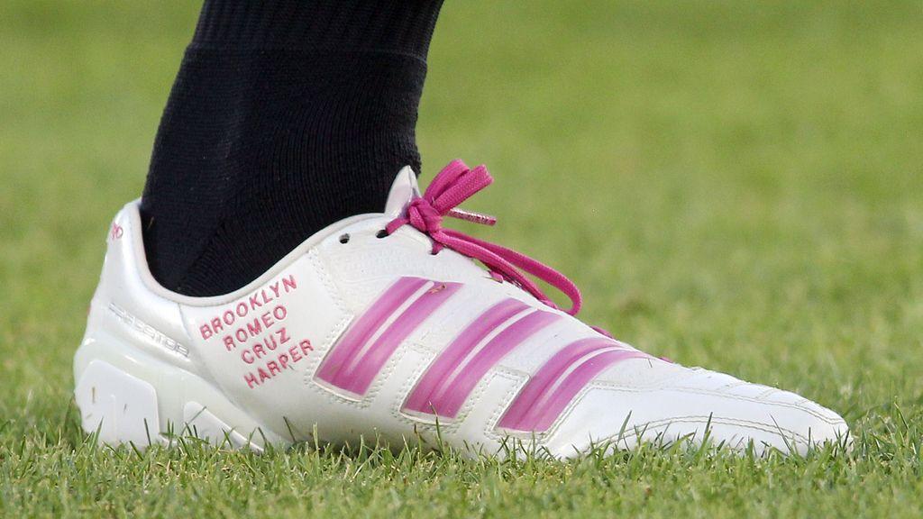 Beckham graba el nombre de su hija en sus botas