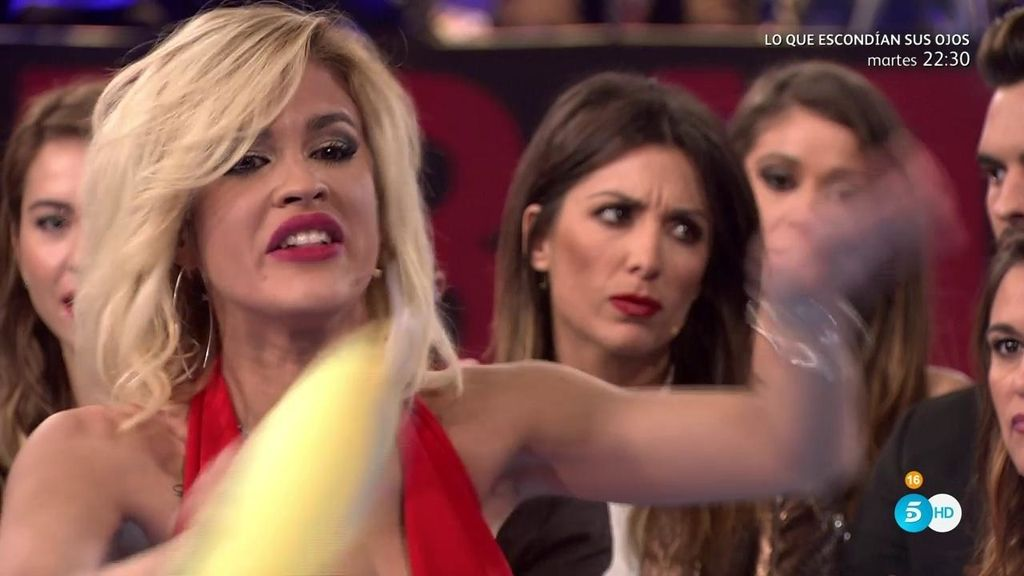 Ylenia pierde los papeles en una discusión con Adara y abandona el plató