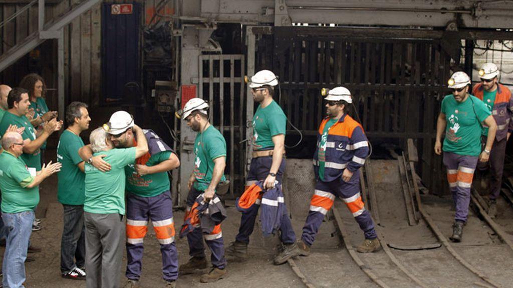 Los mineros encerrados en los pozos de Hunosa abandonan su protesta
