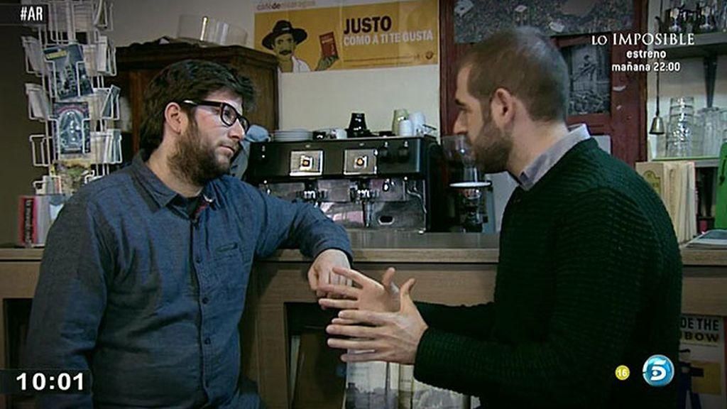 'AR' recorre con Miguel Urbán los escenarios donde se gestó Podemos