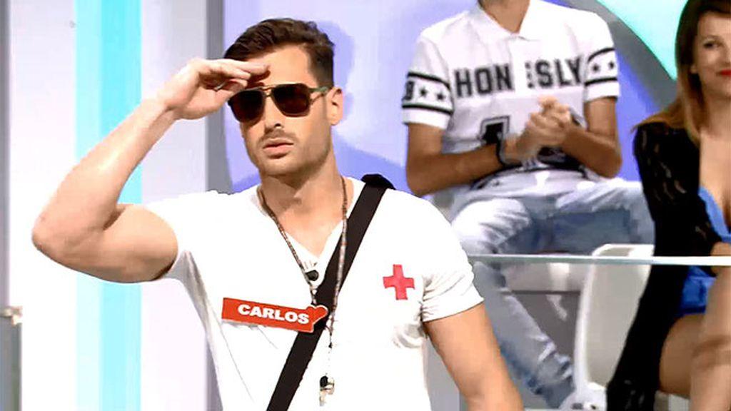 Carlos, un vigilante trasnochado