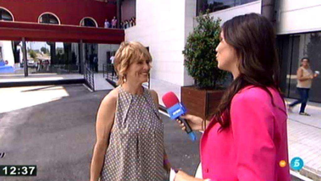 Mercedes Milá, preparada para recibir a los Reyes en los estudios de Mediaset