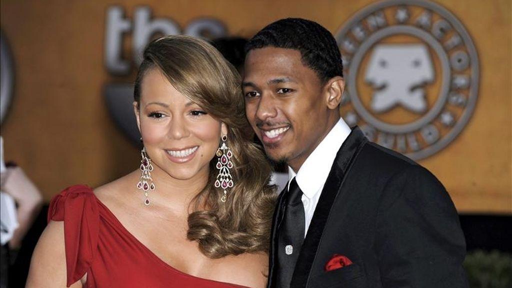 """Mariah Carey, de 41 años, tenía previsto renovar hoy sus votos matrimoniales con Nick Cannon (d), de 31, aunque ha declarado que, una vez nacida la """"parejita"""", no tiene intención de tener más hijos. EFE/Archivo"""