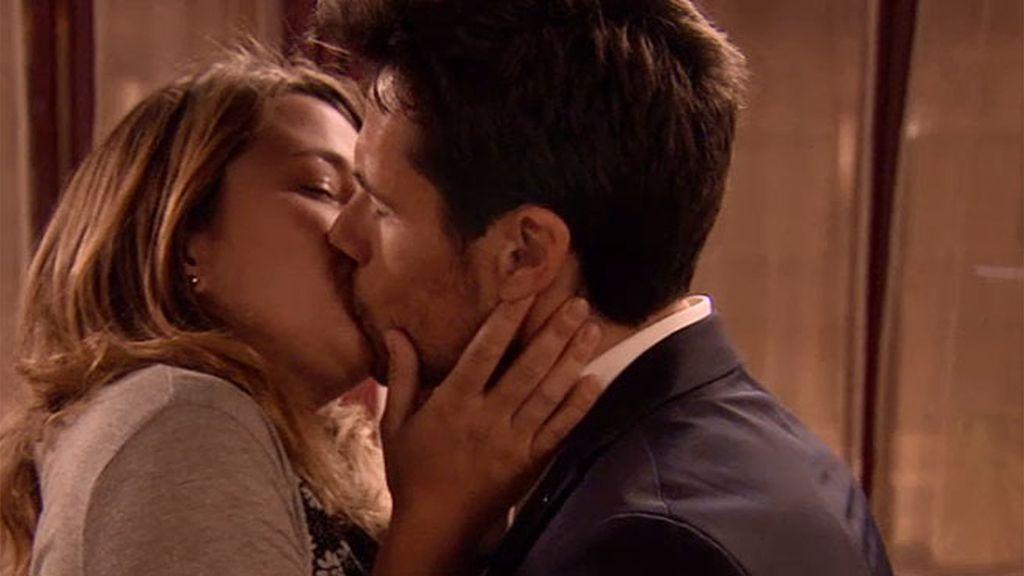 Lucía, a punto de ser feliz con Carlos