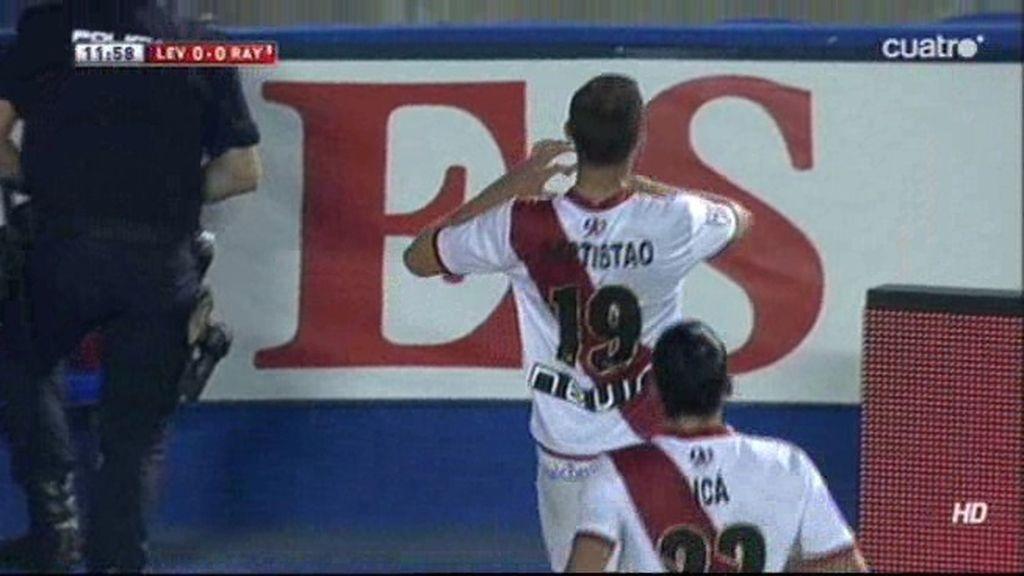 Leo Baptistao prolonga su racha goleadora y anota el primero del Rayo ante el Levante