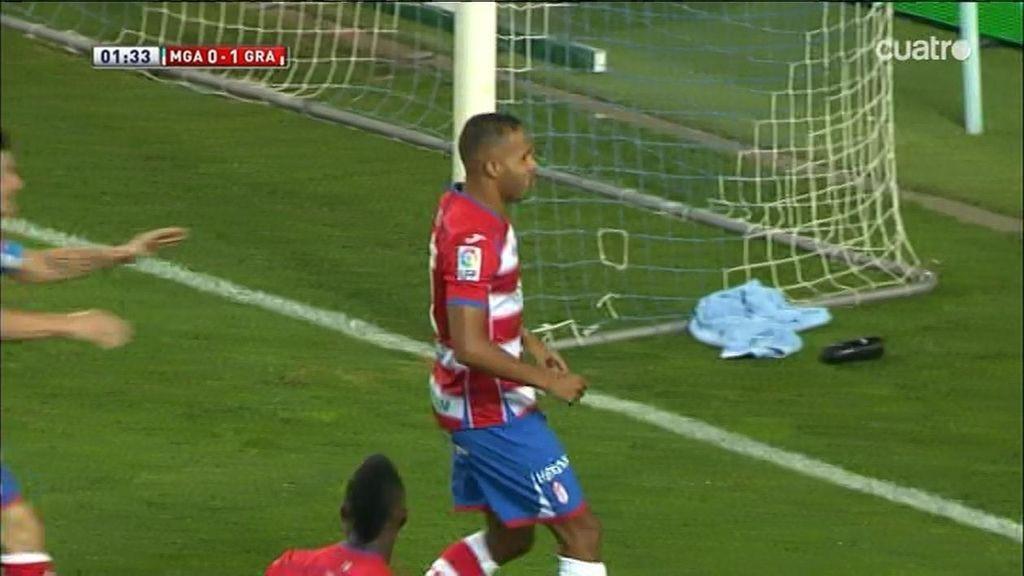Recuperación de balón tras saque y El-Arabi marca para el Granada, todo en 43 segundos