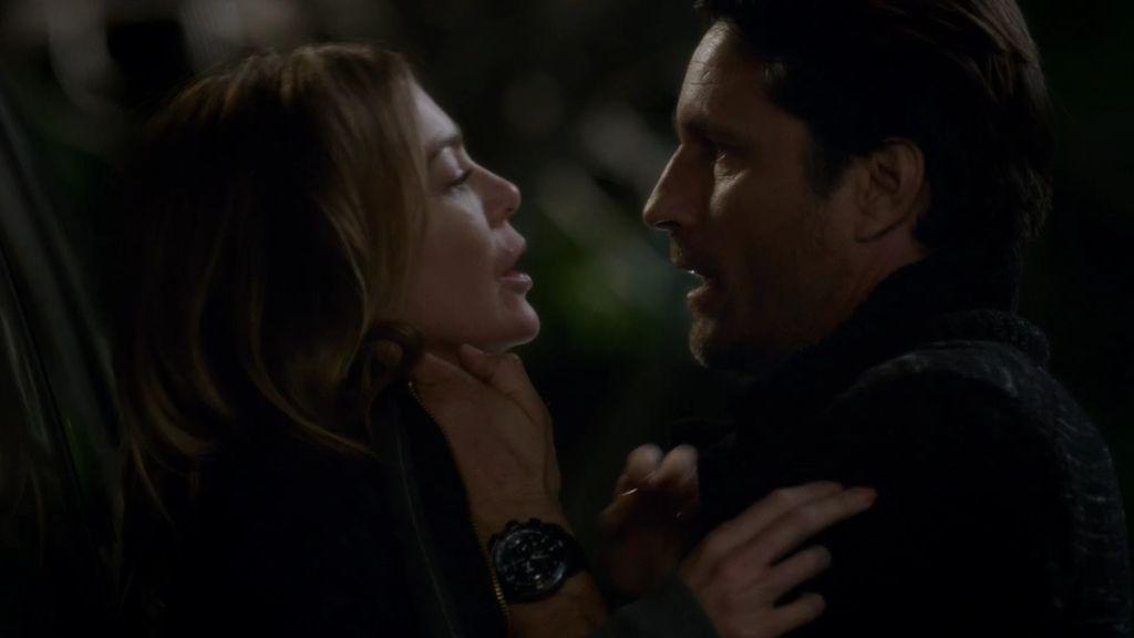 Meredith cura sus heridas con Riggs