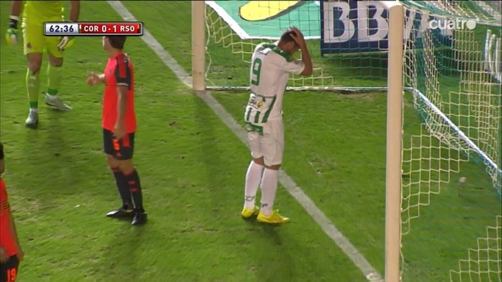 Xisco comete el fallo de la Liga: ¡no acierta a puerta vacía en la línea de gol!
