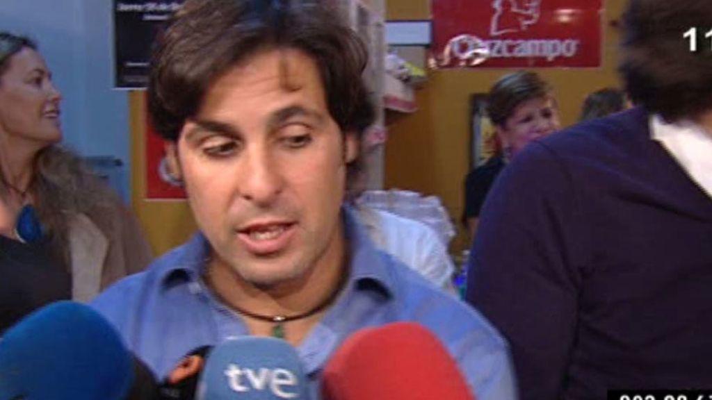 Francisco Rivera, camarero por un día