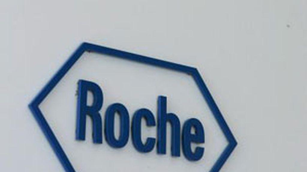 La farmaceútica Roche amenaza con 'cortar el grifo'