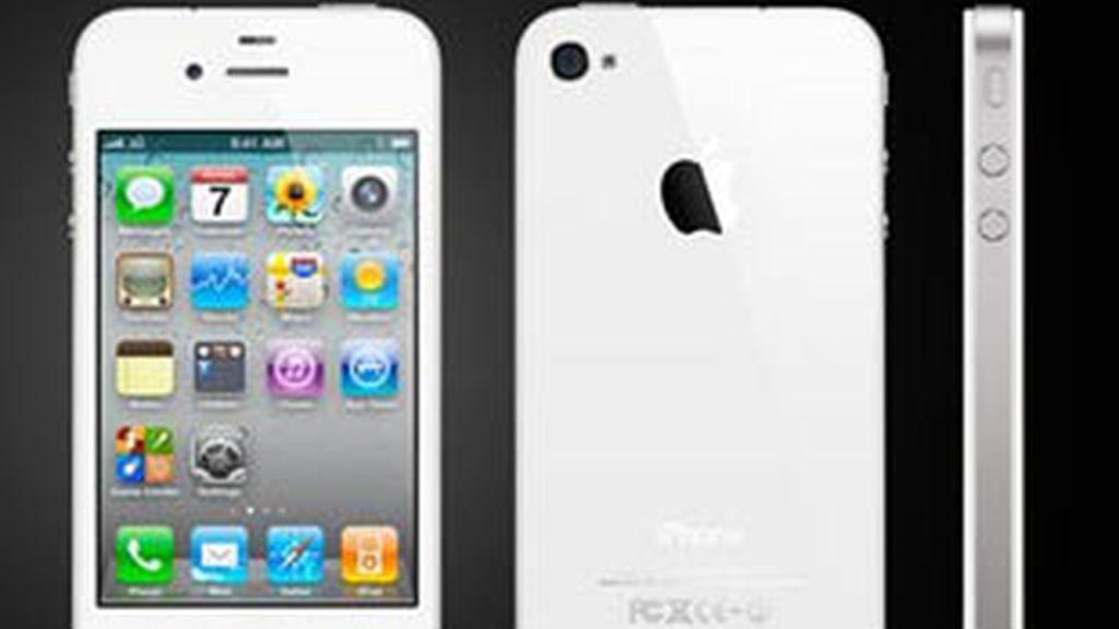 El iPhone 4 blanco llega desde este jueves a los usuarios de medio mundo. Su venta comienza en las tiendas online de Apple.