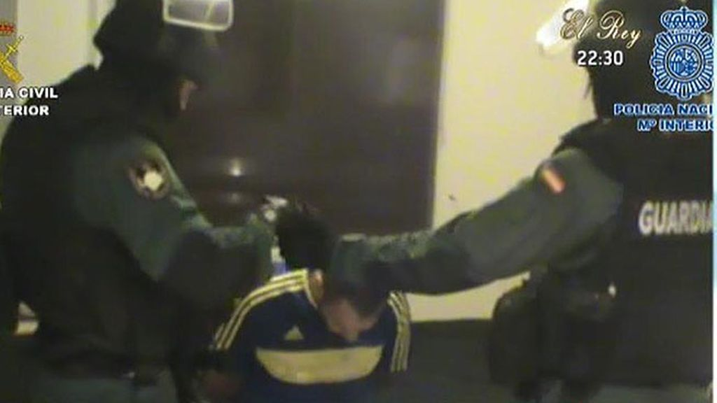 La Guardia Civil desmantela una banda de torturadores