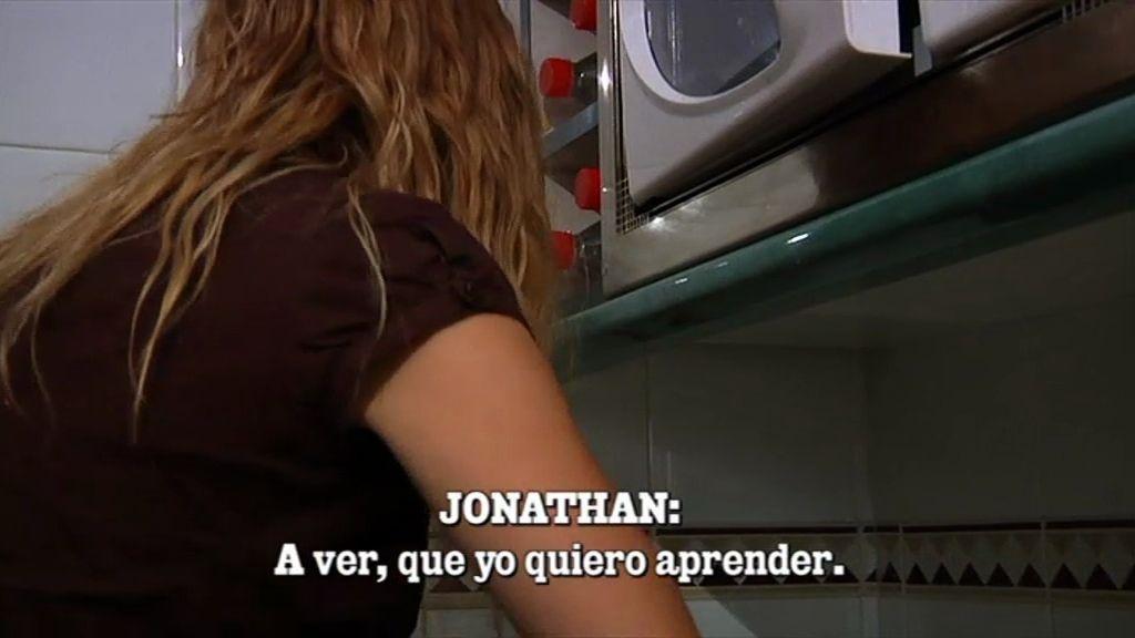 Jonathan aprende a dar la vuelta a la tortilla