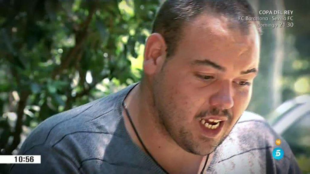 El 'Freddy Krueger' del barrio del Raval tiene dos carreras y habla seis idiomas