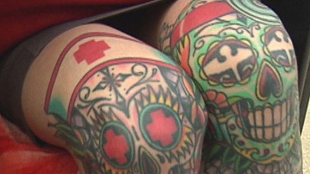 Chica tatuada