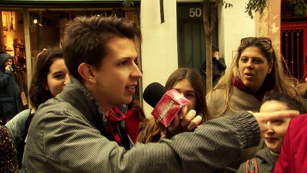Natalia pone a FJ a rapear en la calle
