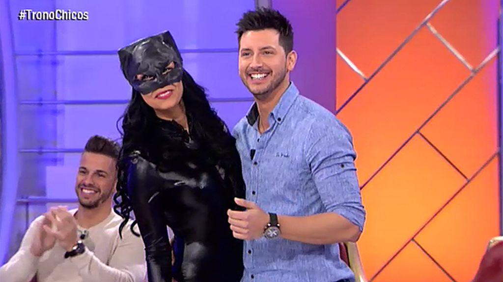 Paola, una Catwoman con mucha actitud