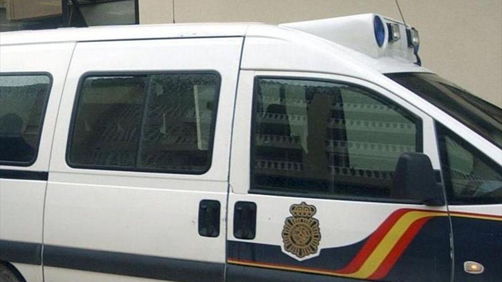 Un coche de la Policía en un suceso. EFE/Archivo